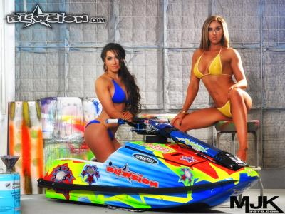 Megan and Tiffany - Rickter EVO Technicolor